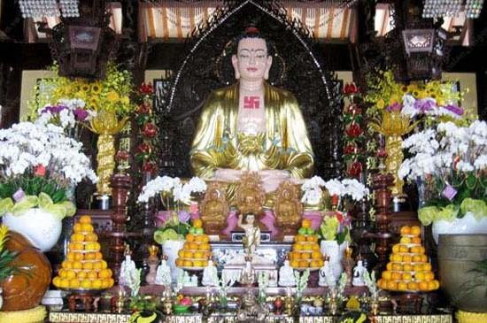 Thiết kế và trang trí hoa lan chùa Đại Giác – Phú Nhuận